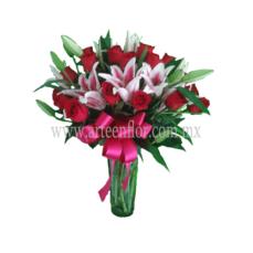 24-Rosas-rojsa-y-3-Stargeyzer-rojosA